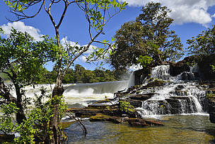 The Salto Augusto waterfall is one of the most beautiful places of the Amazon; it's located near the Barra de São Manoel community