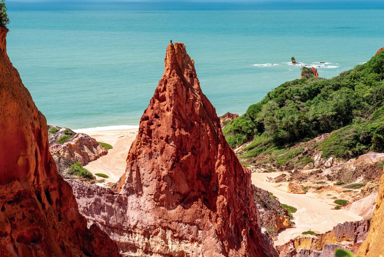 Litoral: Pico Castelo da Princesa, na praia de Coqueirinho, em Conde - Paraíba